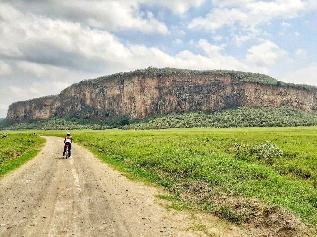 Cycling in Hells Gate